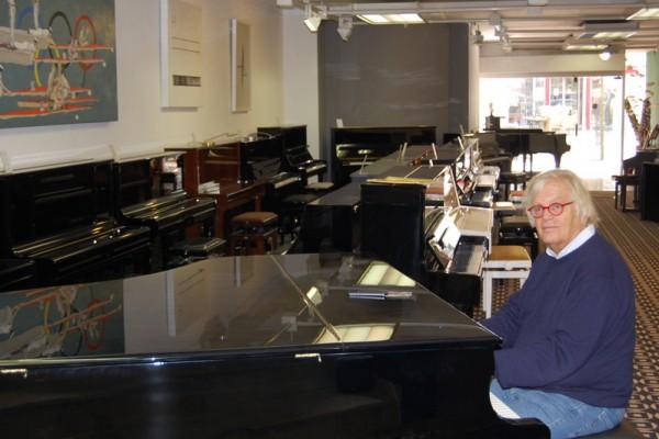 Piano Landt Ausstellungsraum Dillingen