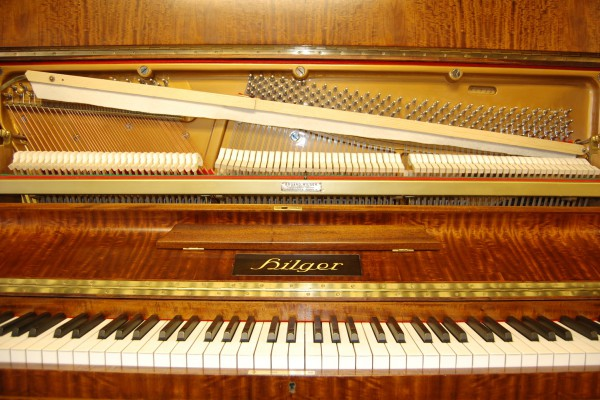 Pianohaus Landt Hilger Klavier
