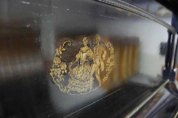 Piano Paul & Co Oberrahmenverzierung Pianohaus Landt